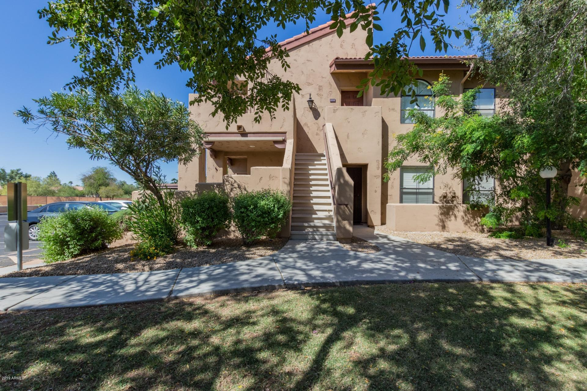 Photo of 1351 N PLEASANT Drive #1050, Chandler, AZ 85225