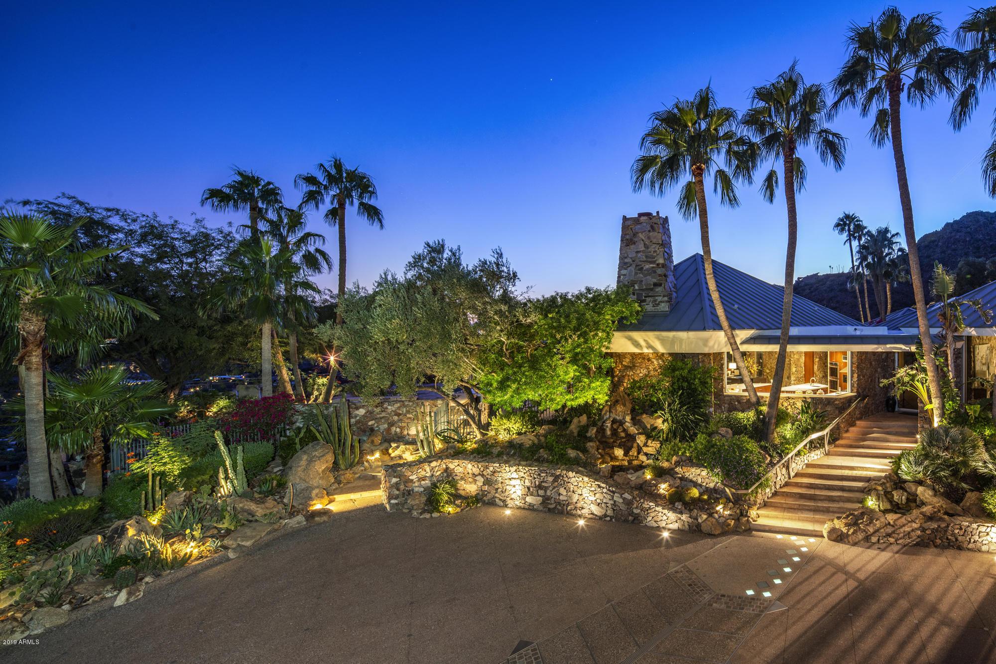 Photo of 7540 N SILVERCREST Way, Paradise Valley, AZ 85253