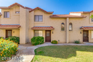 Photo of 2970 N OREGON Street #10, Chandler, AZ 85225