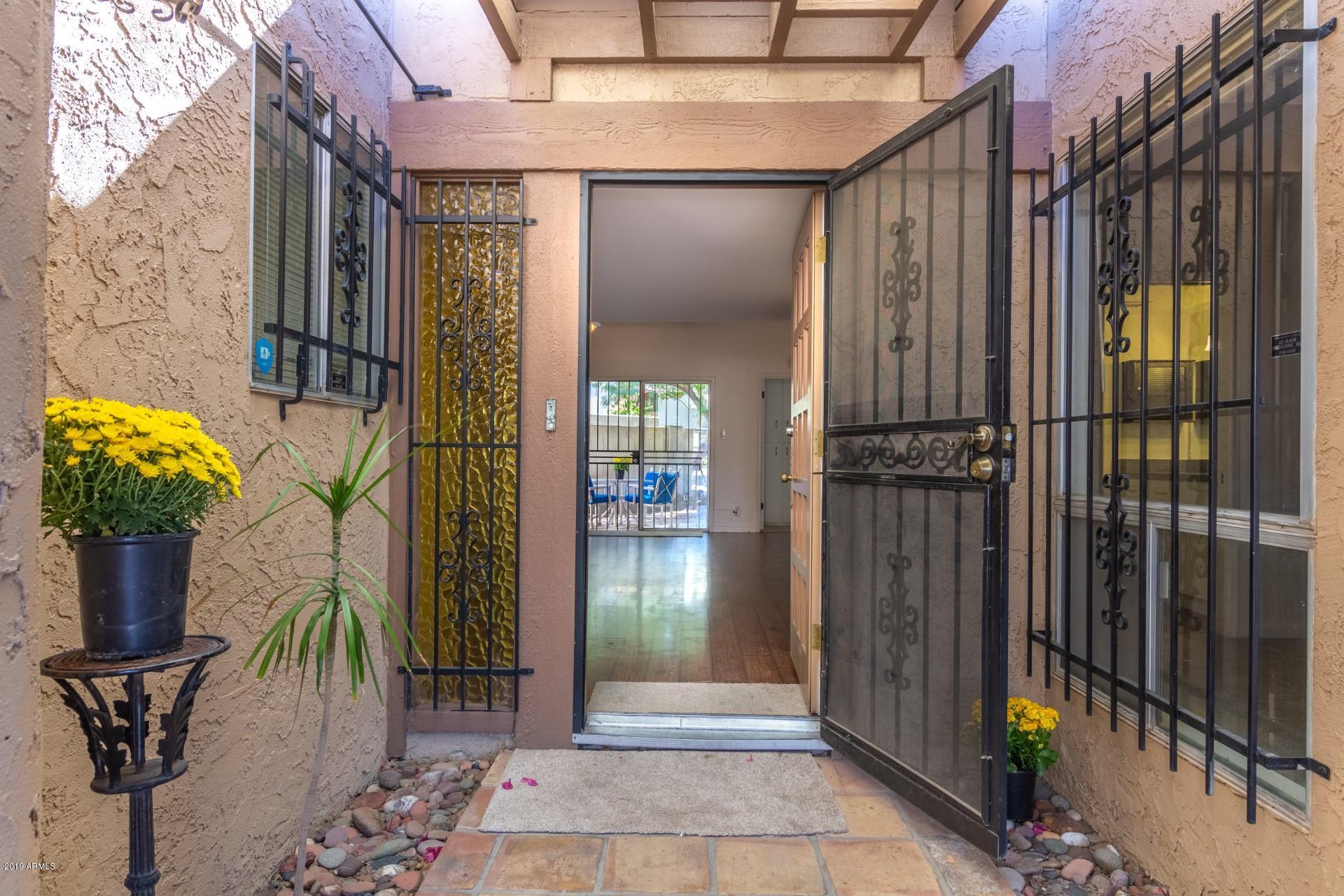 Photo of 6717 N OCOTILLO HERMOSA Circle, Phoenix, AZ 85016