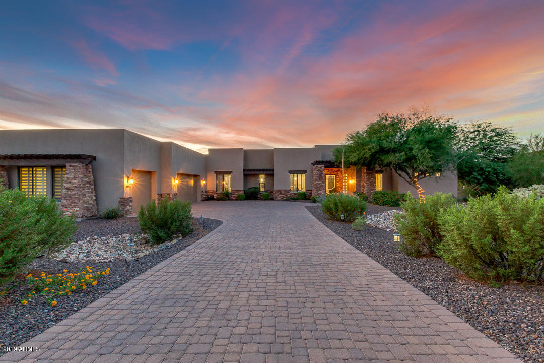 Photo of 3902 N PINNACLE HILLS Circle, Mesa, AZ 85207
