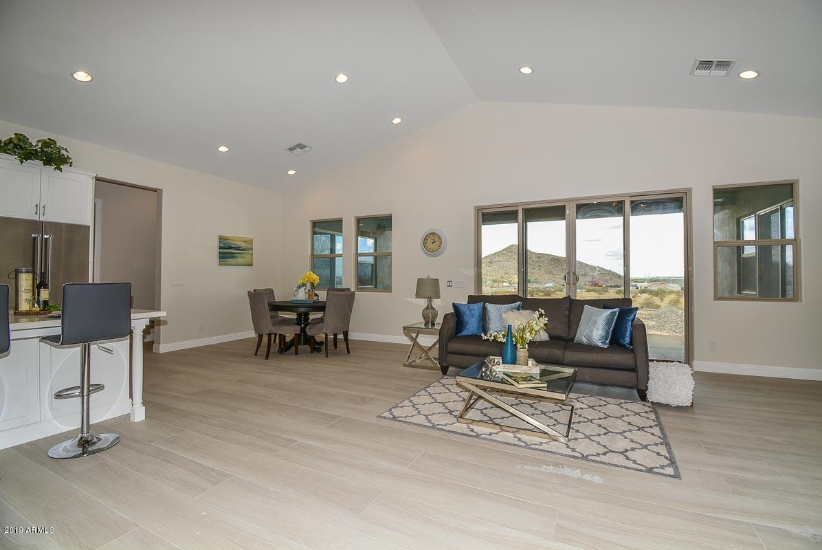 Photo of 14214 W INDIAN SPRINGS Road, Goodyear, AZ 85338