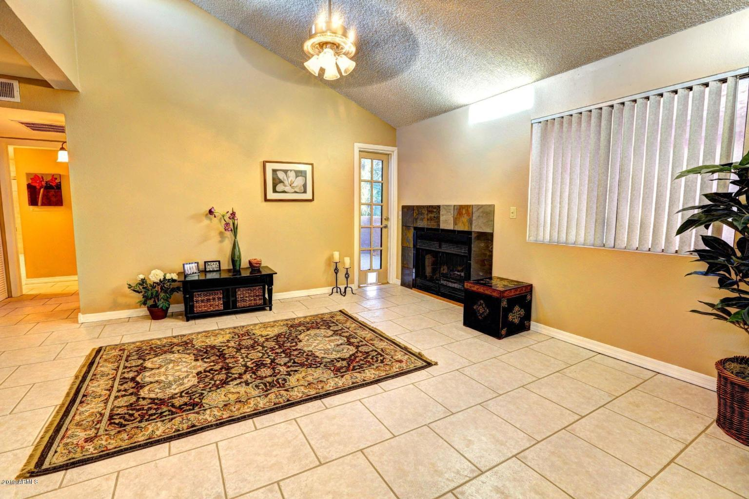 Photo of 1075 E Chandler Boulevard #204, Chandler, AZ 85225