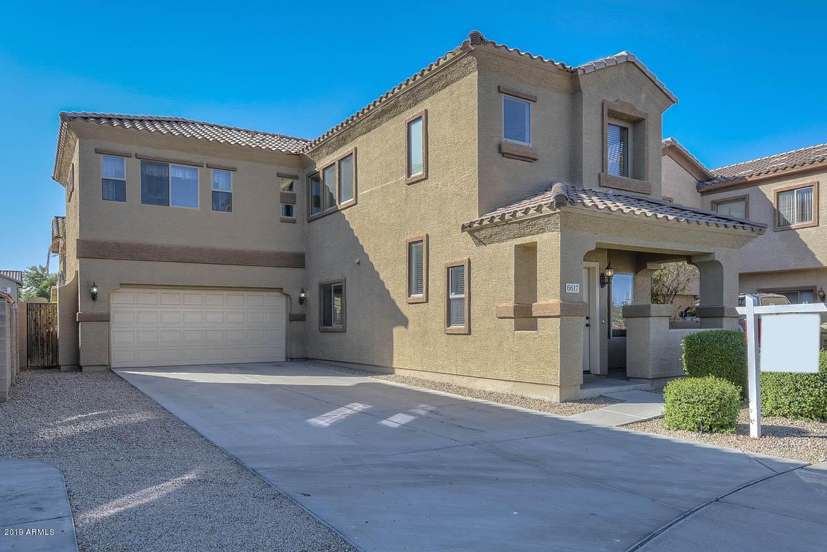Photo of 6617 W SHAW BUTTE Drive, Glendale, AZ 85304