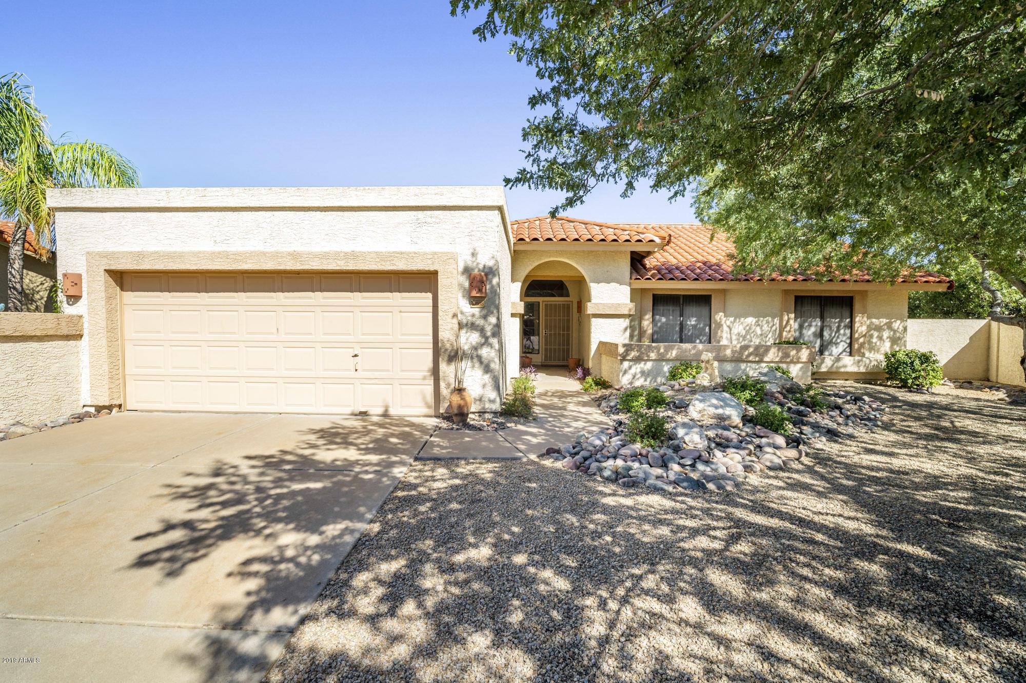 Photo of 10508 E Mission Lane, Scottsdale, AZ 85258
