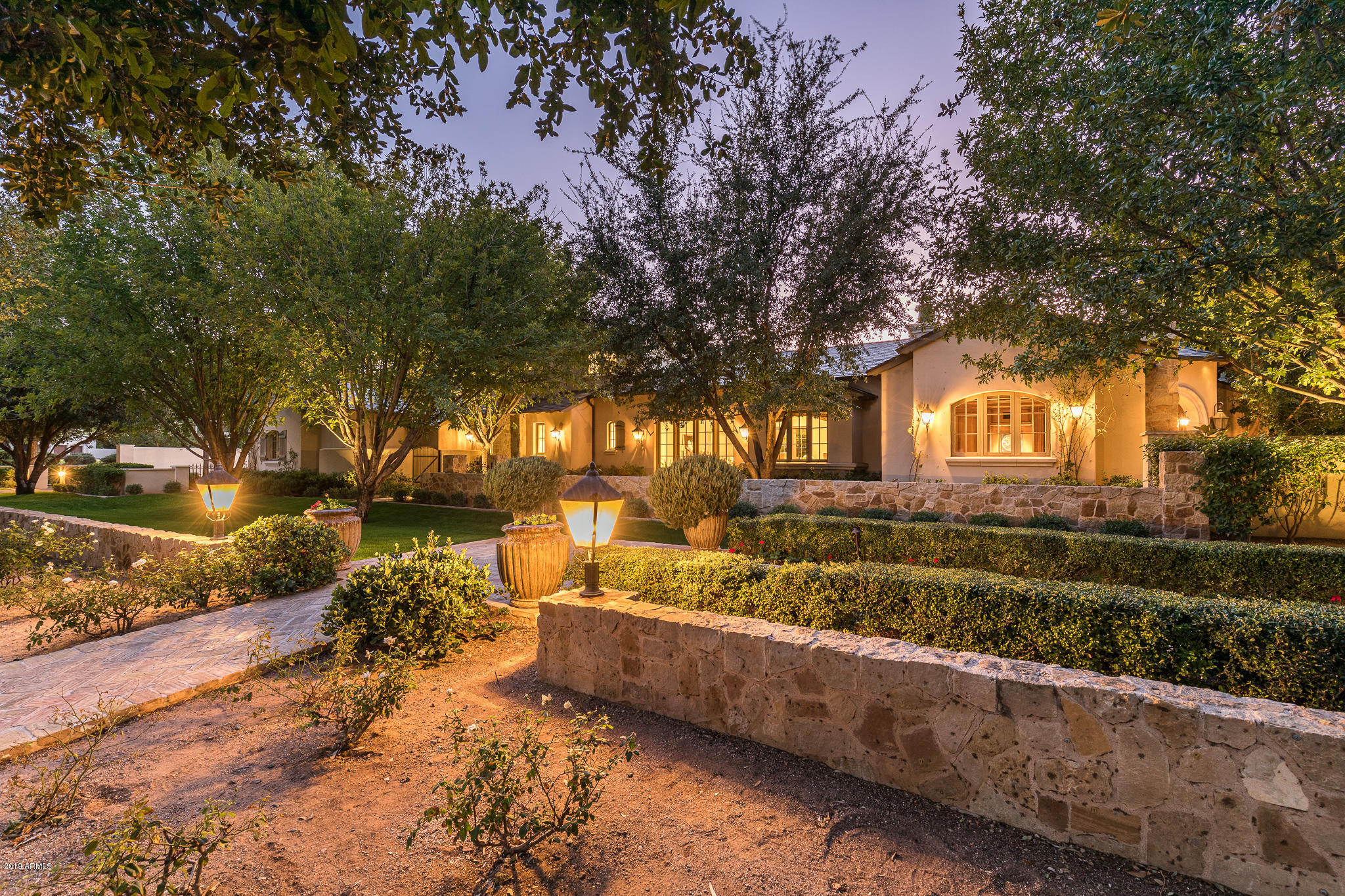 Photo of 6350 E NAUMANN Drive, Paradise Valley, AZ 85253