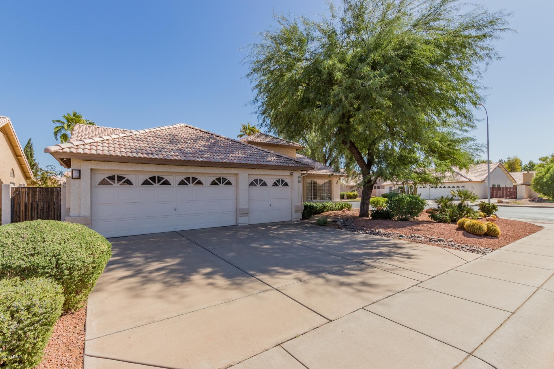 Photo of 921 N Criss Street, Chandler, AZ 85226