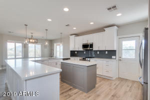 Photo of 51520 W WILDCAT Lane, Maricopa, AZ 85139