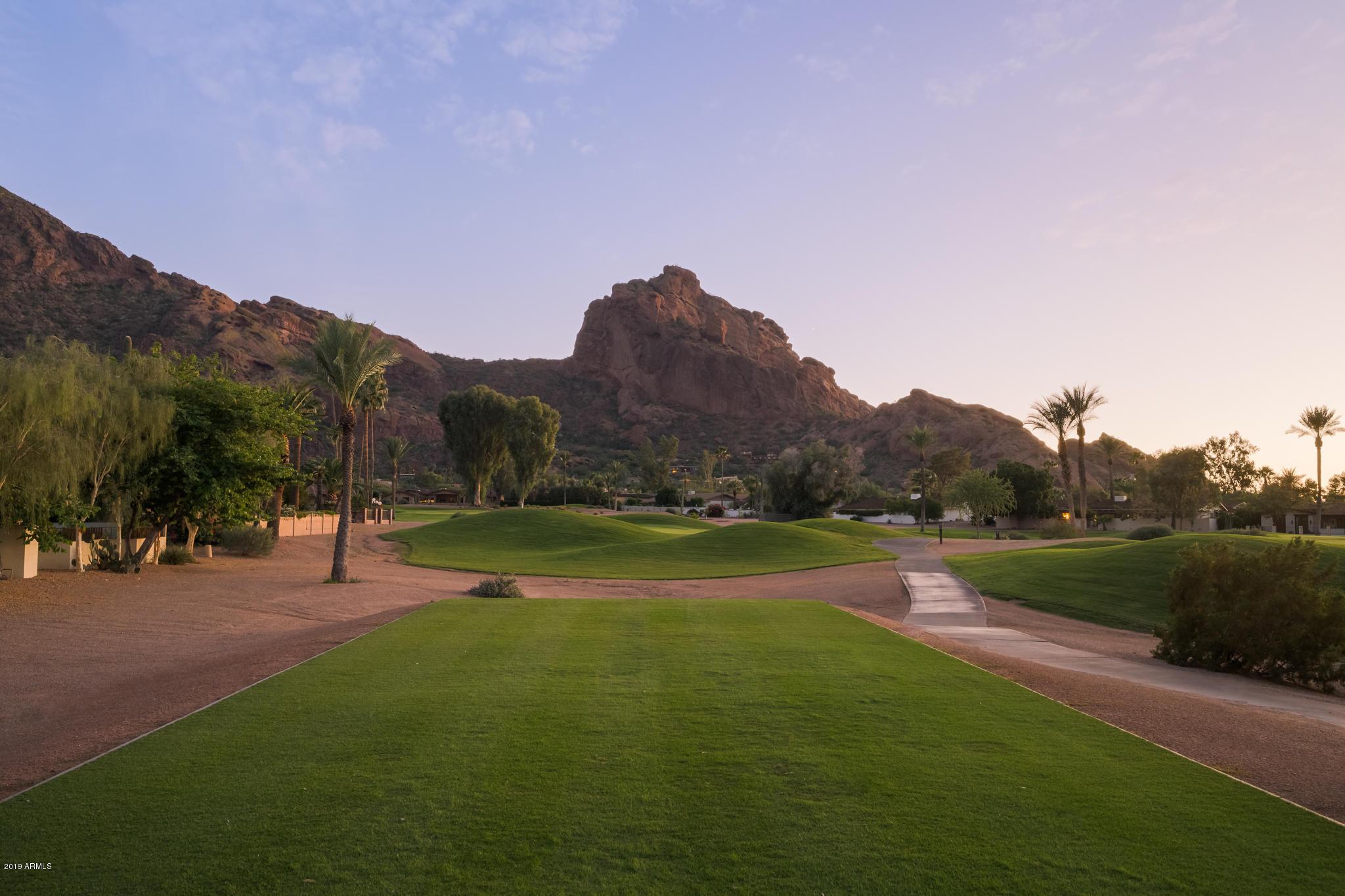 Photo of 5525 E LINCOLN Drive #124, Paradise Valley, AZ 85253