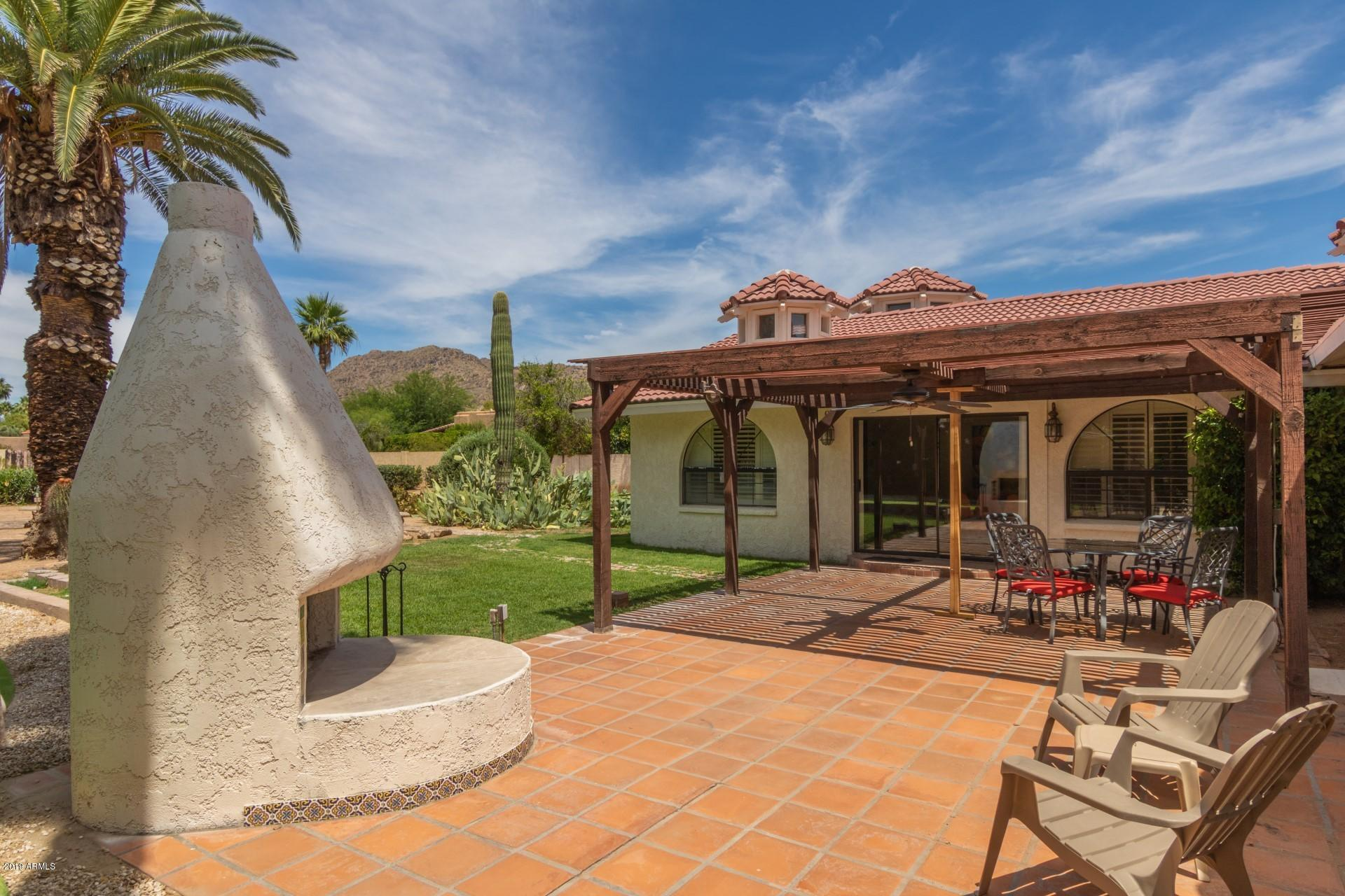 Photo of 6512 N 63RD Place, Paradise Valley, AZ 85253