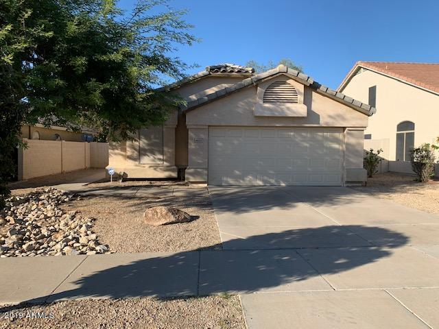 Photo of 16150 W LATHAM Street, Goodyear, AZ 85338