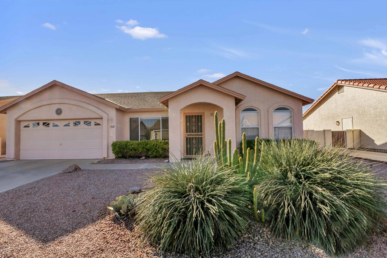 Photo of 1521 E COUNTY DOWN Drive, Chandler, AZ 85249