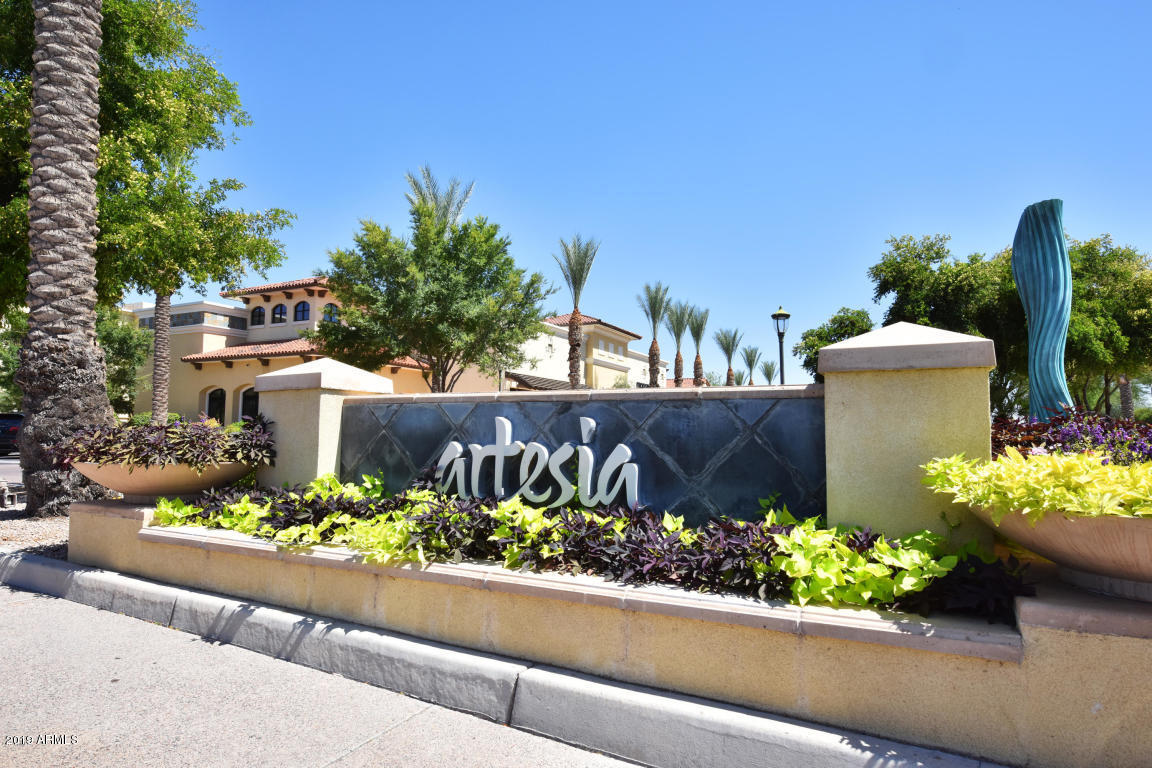 Photo of 7291 N SCOTTSDALE Road #1016, Paradise Valley, AZ 85253
