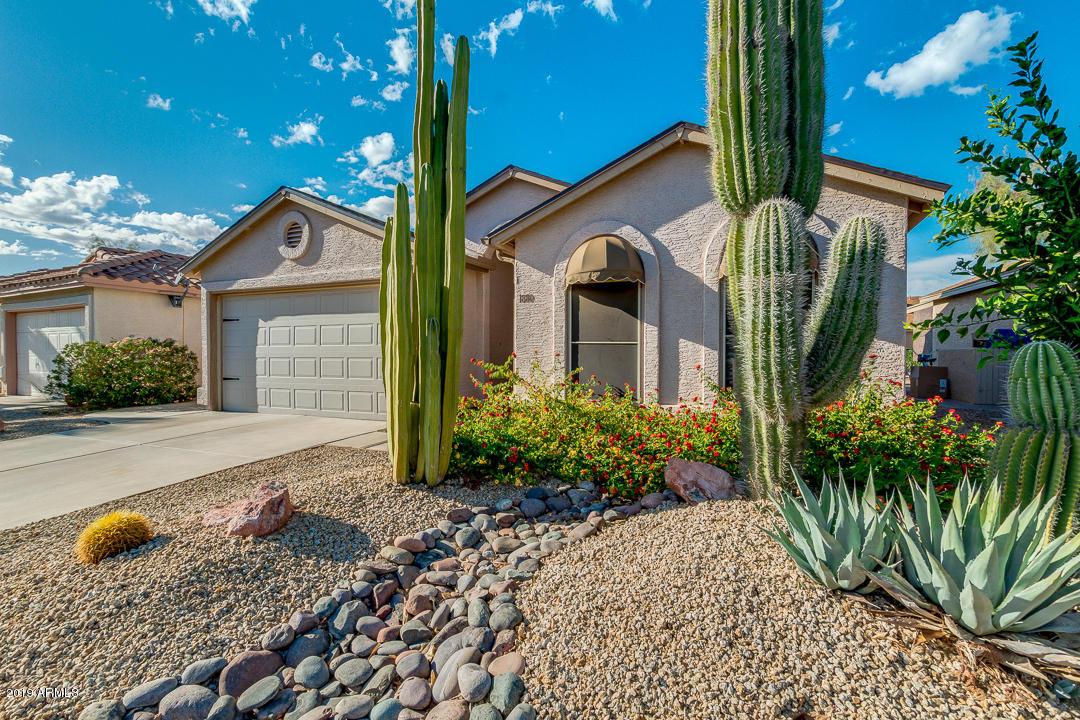 Photo of 1880 E WESTCHESTER Drive, Chandler, AZ 85249