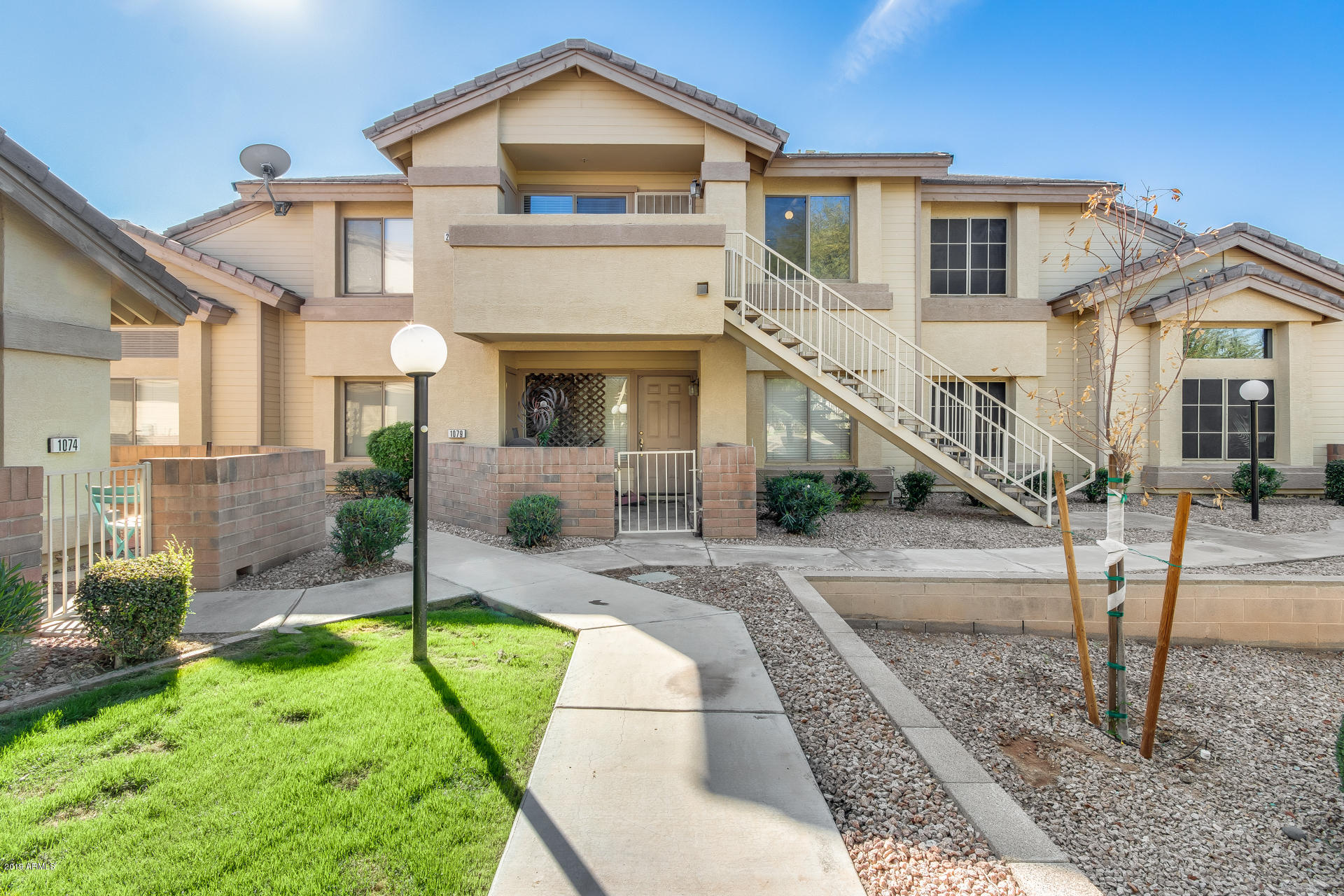 Photo of 2201 N COMANCHE Drive #2076, Chandler, AZ 85224