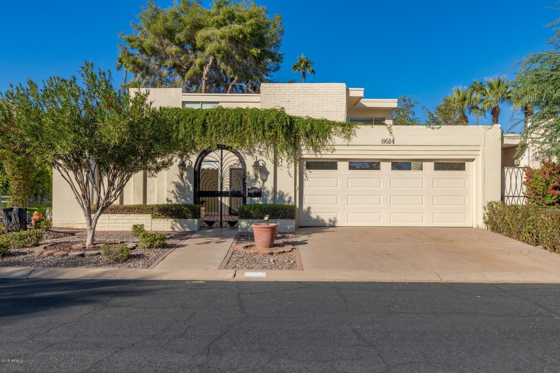Photo of 8614 E MACKENZIE Drive, Scottsdale, AZ 85251