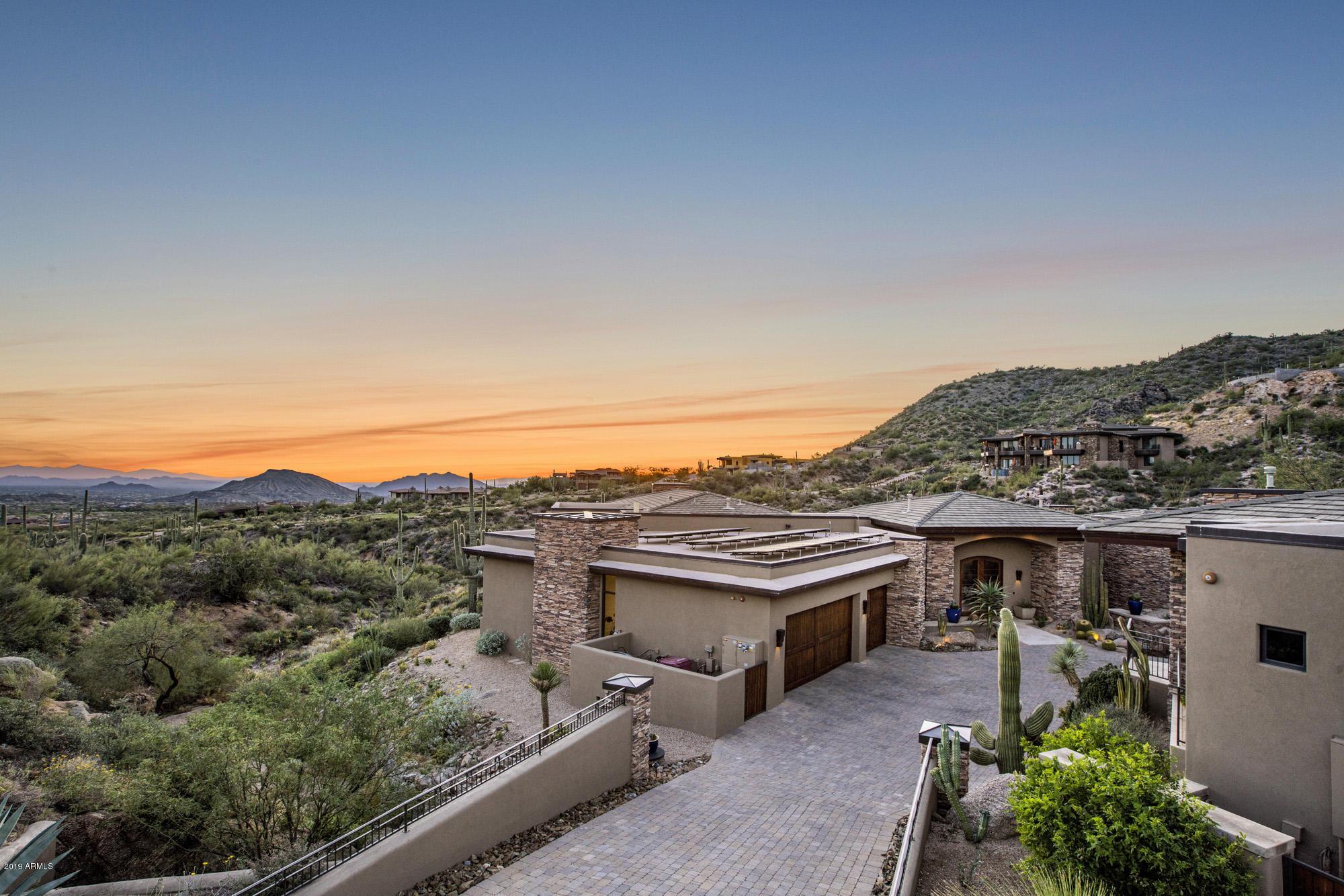 Photo of 10798 E DISTANT HILLS Drive, Scottsdale, AZ 85262