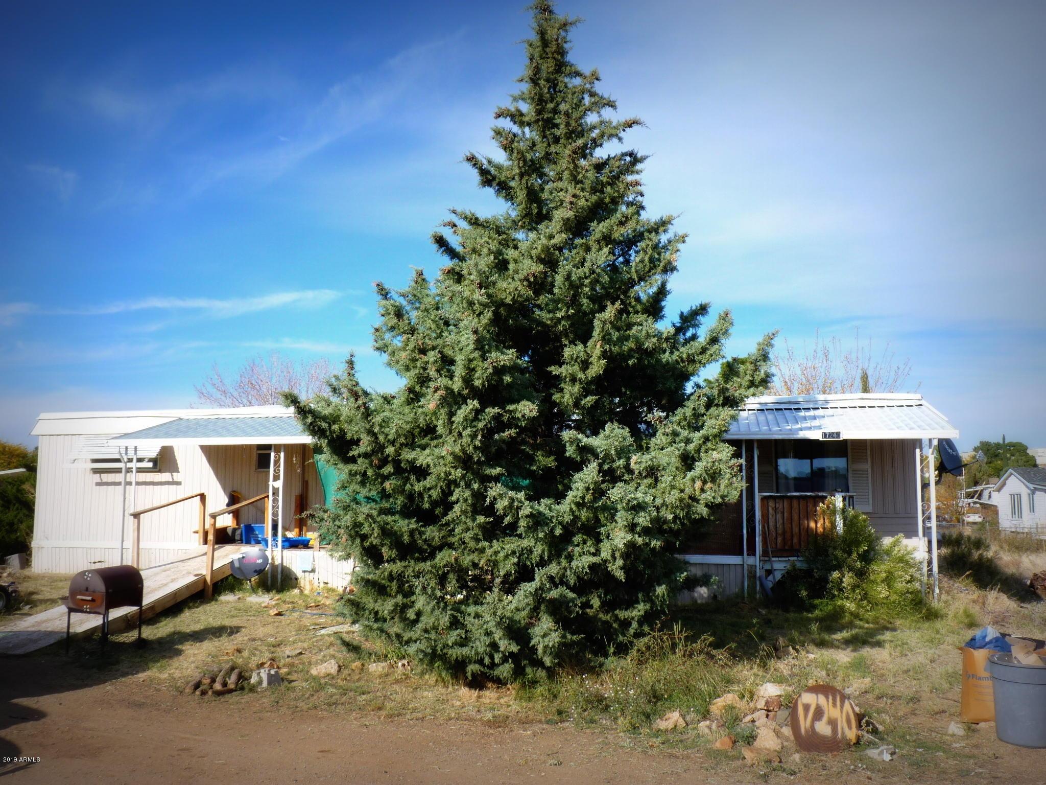 Photo of 17240 E PEACH TREE Road, Mayer, AZ 86333