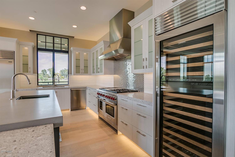 Photo of 2 BILTMORE Estate #209, Phoenix, AZ 85016