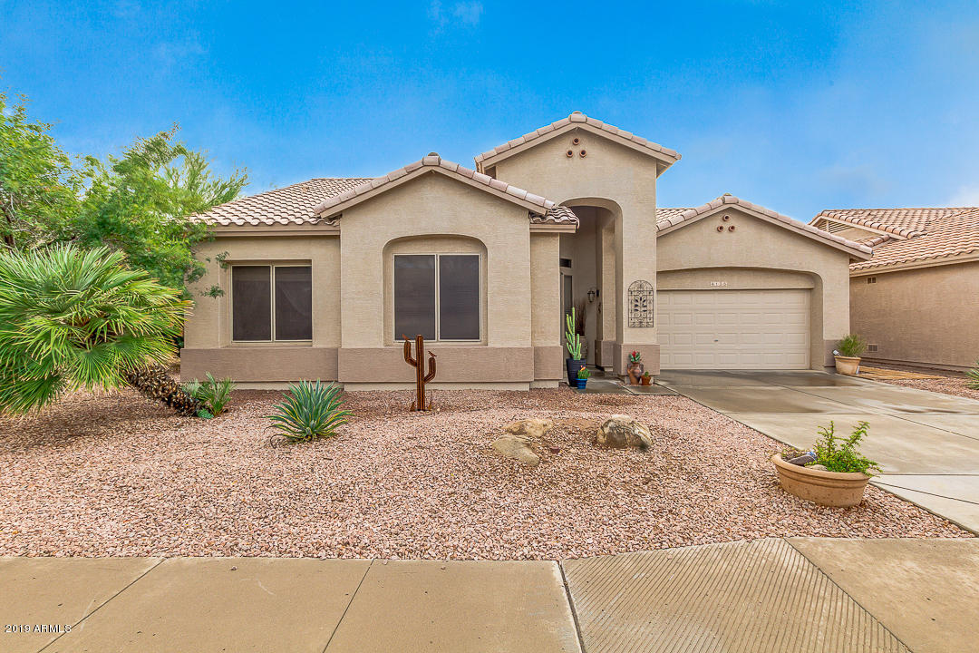 Photo of 4135 E STRAWBERRY Drive, Gilbert, AZ 85298