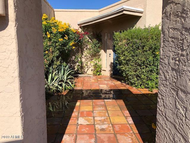 Photo of 6514 E MOUNTAIN VIEW Road, Paradise Valley, AZ 85253