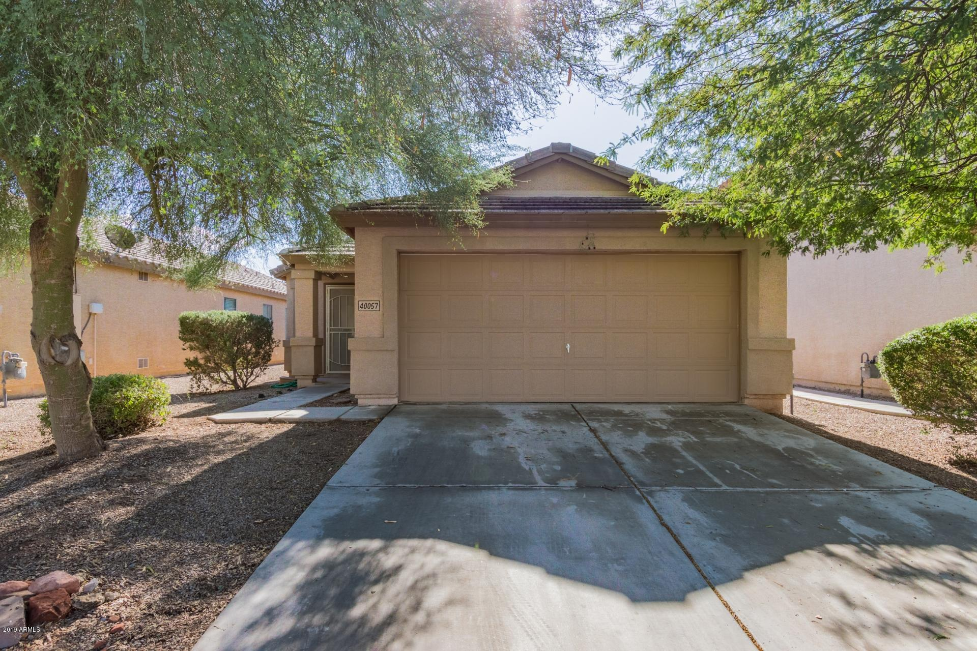 Photo of 40057 W HAYDEN Drive, Maricopa, AZ 85138