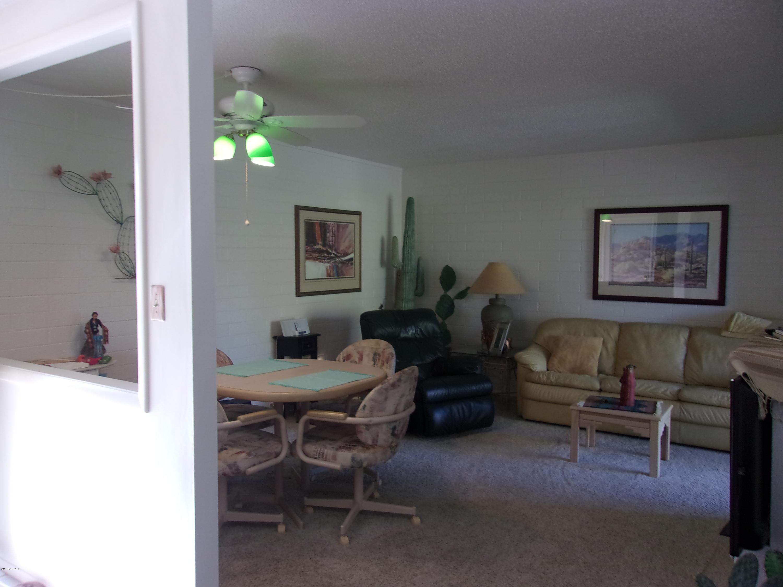 Photo of 815 N HAYDEN Road #D202, Scottsdale, AZ 85257