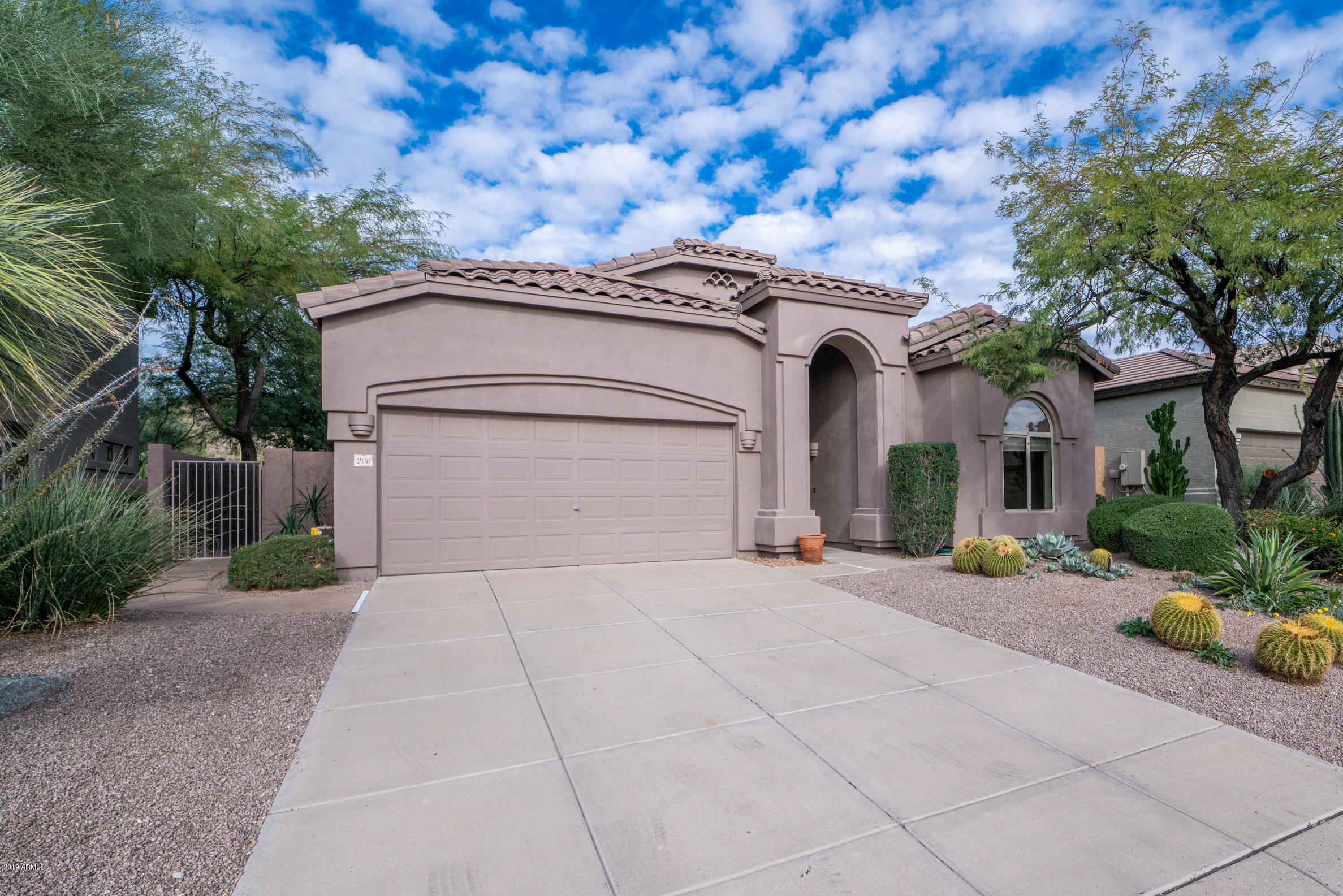 Photo of 3055 N RED MOUNTAIN -- #206, Mesa, AZ 85207