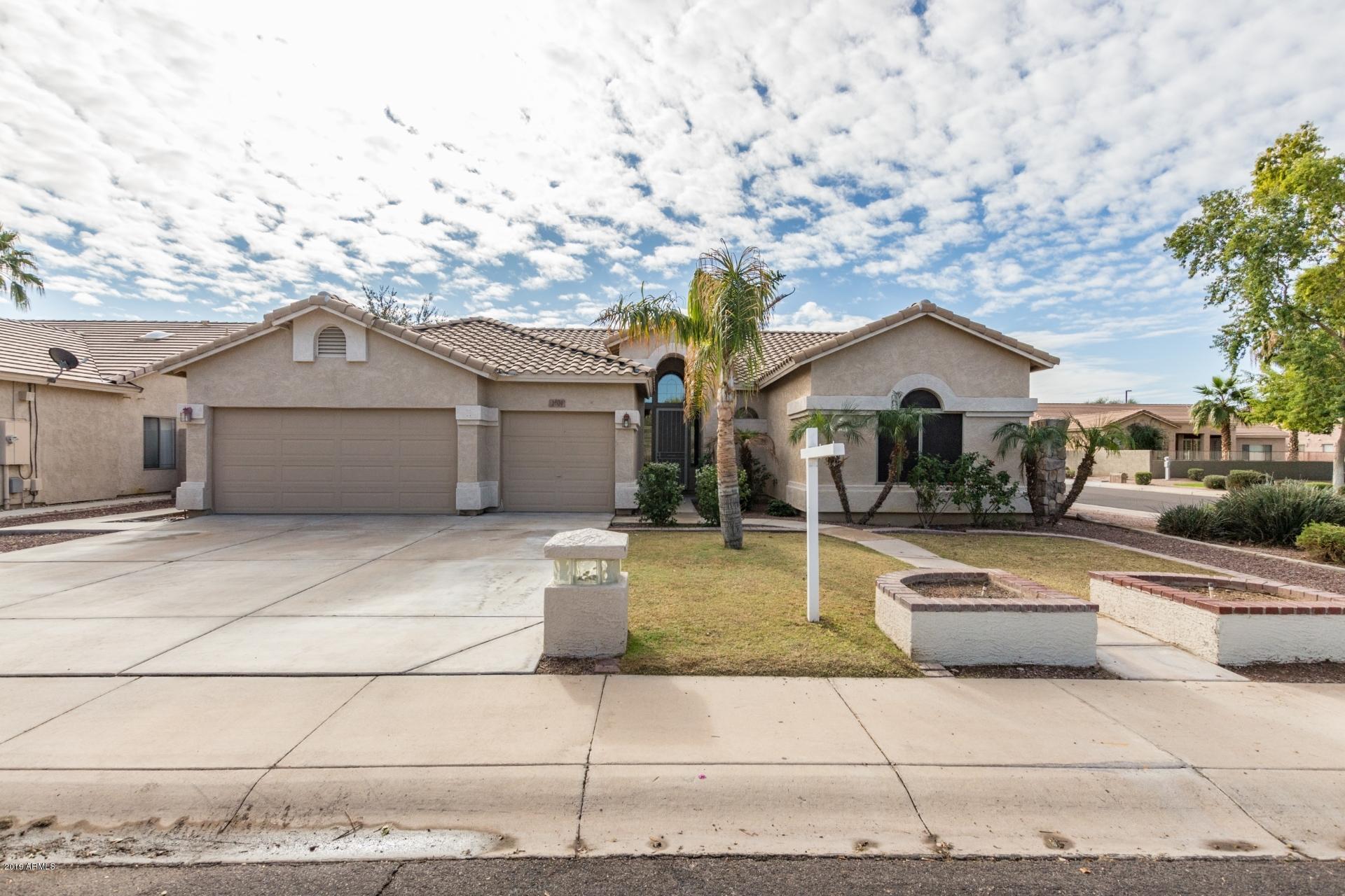 Photo of 2601 E HARWELL Road, Gilbert, AZ 85234