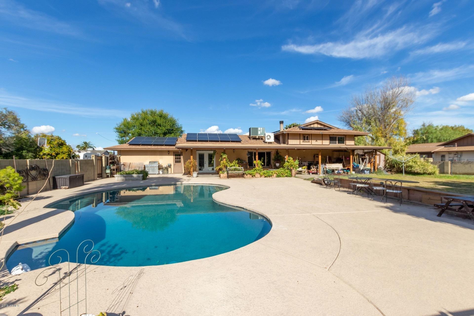 Photo of 4813 W WALTANN Lane, Glendale, AZ 85306