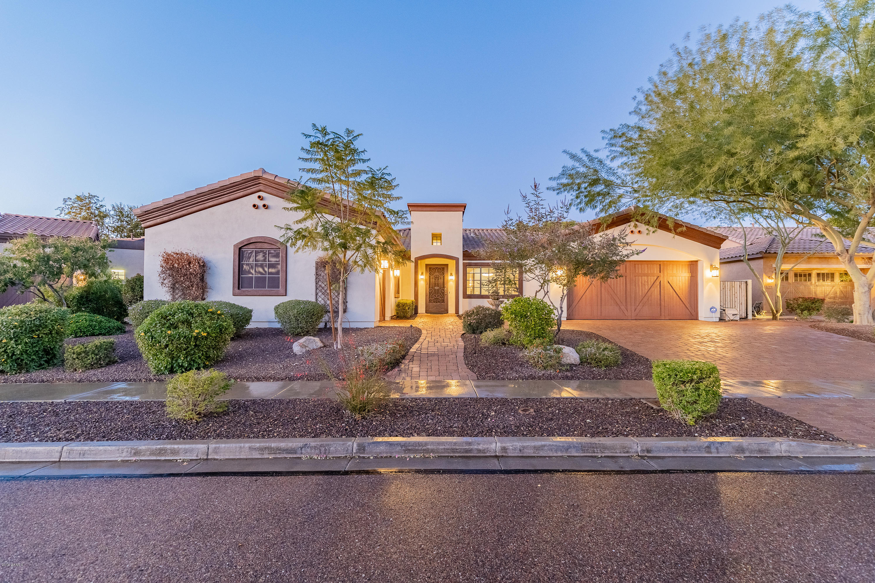 Photo of 7584 W TRAILS Drive, Glendale, AZ 85308