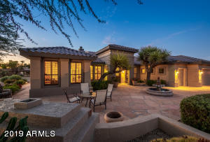 Photo of 15884 W LINKSVIEW Drive, Surprise, AZ 85374
