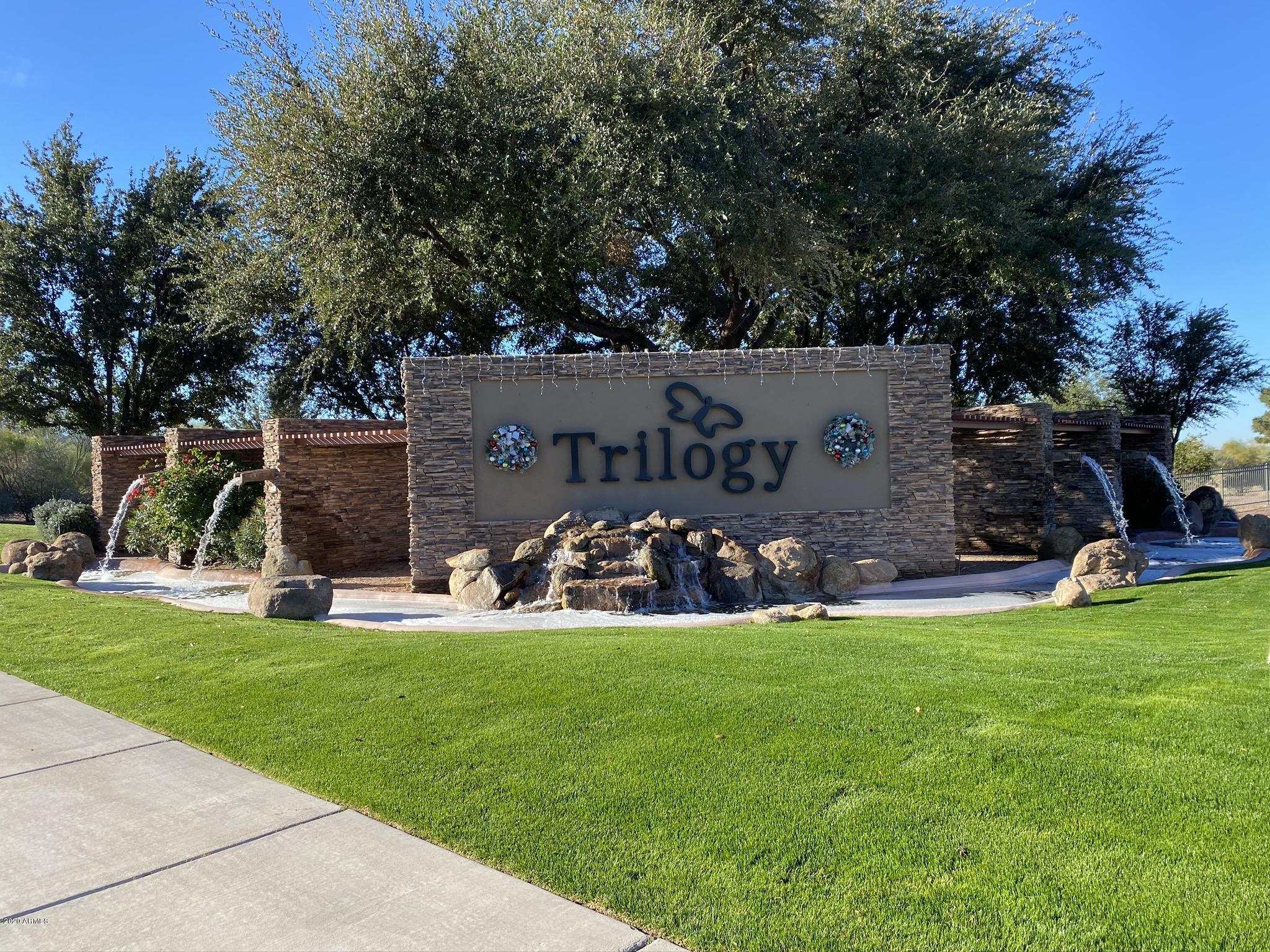 Photo of 4205 E DONATO Drive, Gilbert, AZ 85298