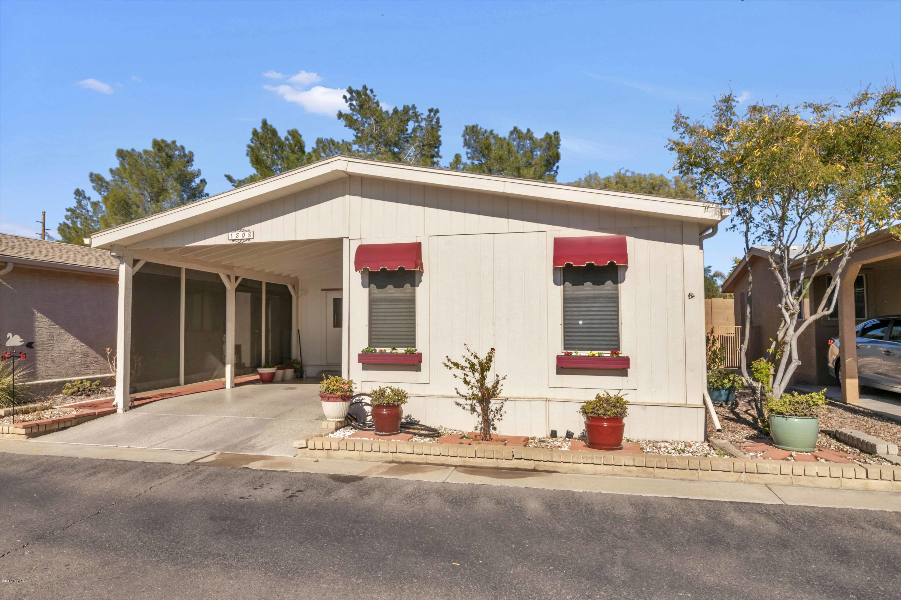 Photo of 1808 E AUGUSTA Avenue, Chandler, AZ 85249
