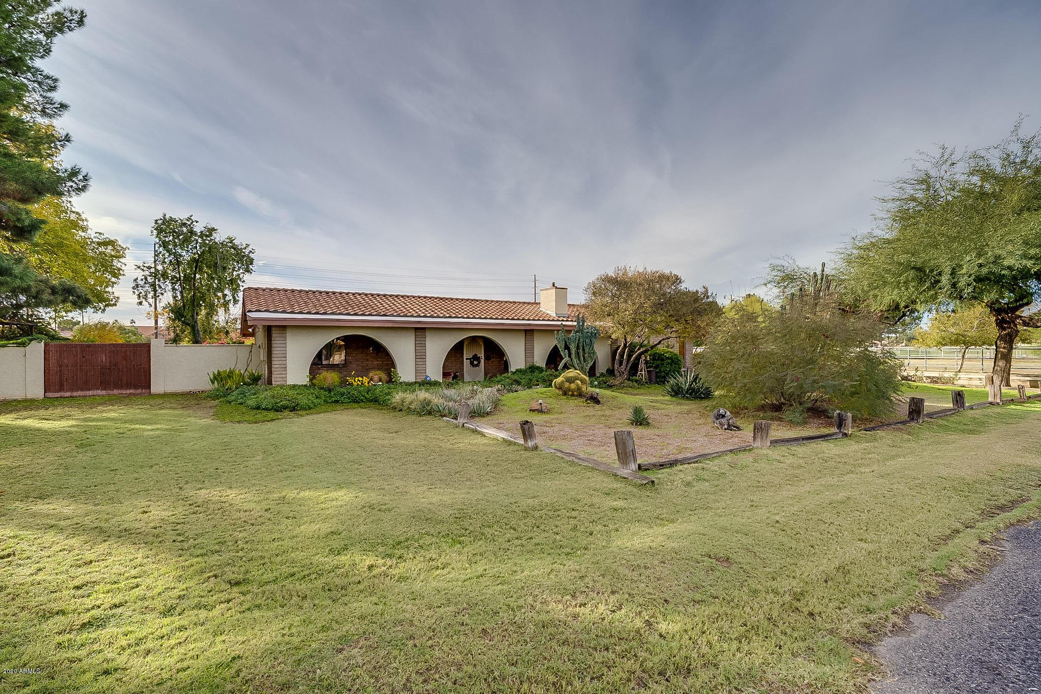 Photo of 11007 E Vecino Street, Chandler, AZ 85248