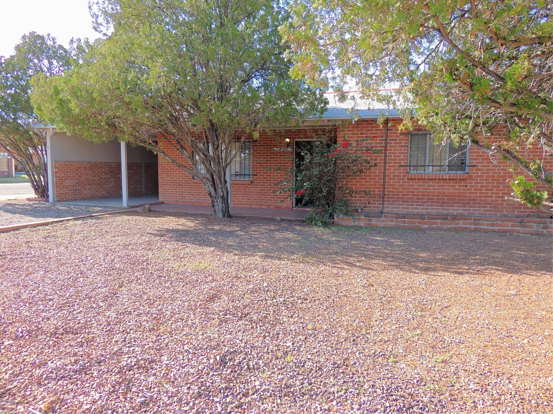 Photo of 1401 N CRAYCROFT Road, Tucson, AZ 85712