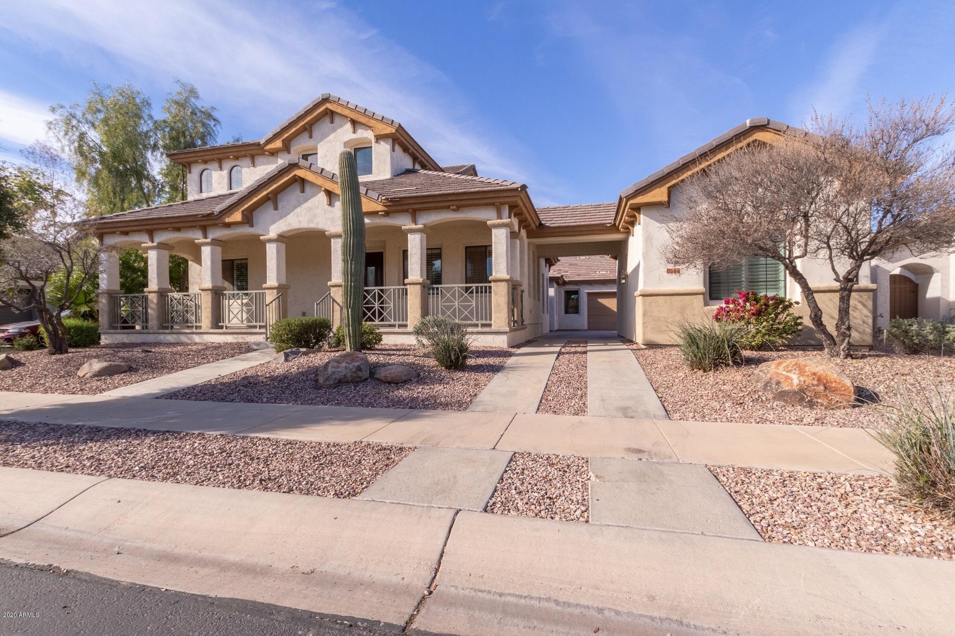 Photo of 136 N PARKVIEW Lane, Litchfield Park, AZ 85340