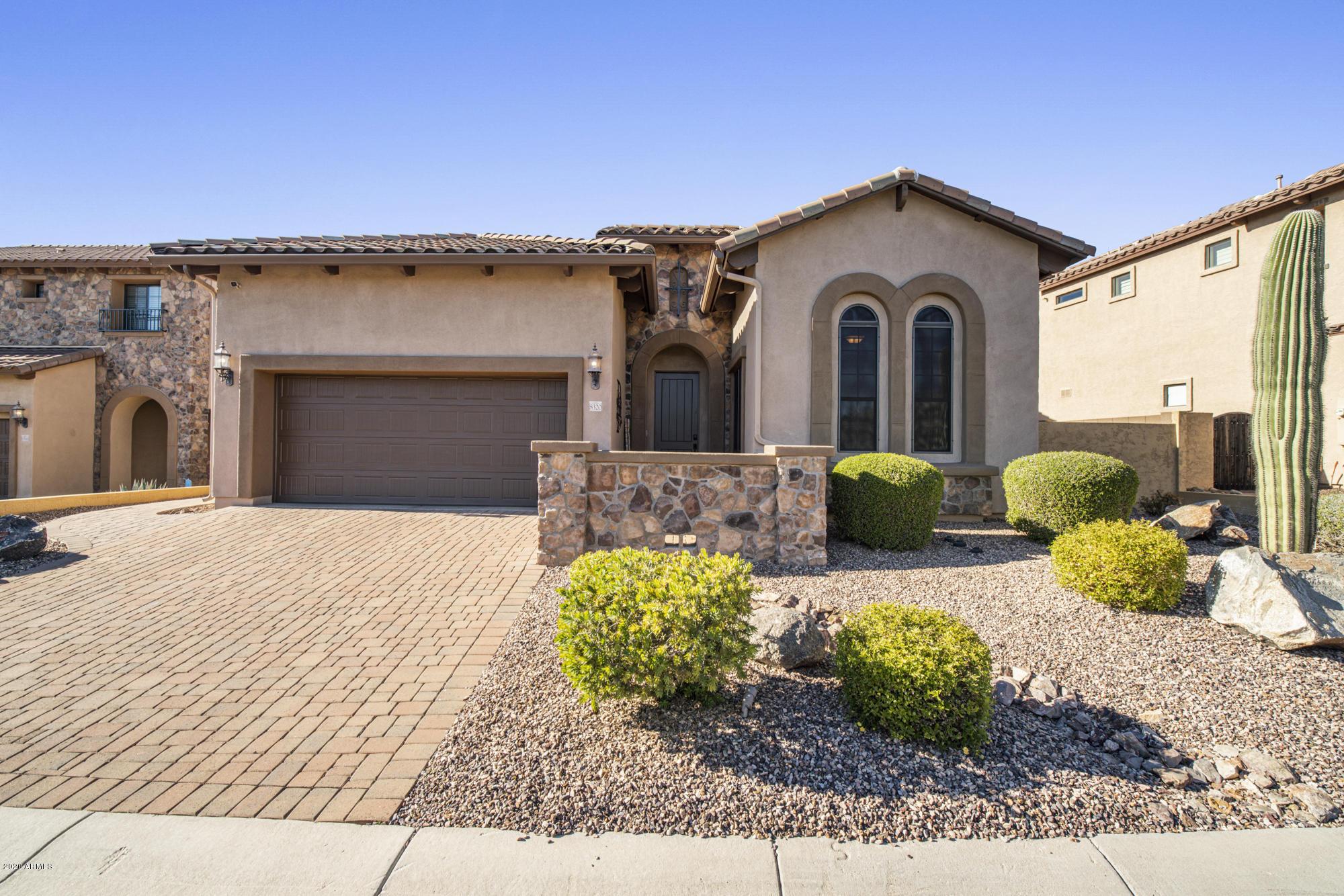 Photo of 8320 E JENSEN Circle, Mesa, AZ 85207