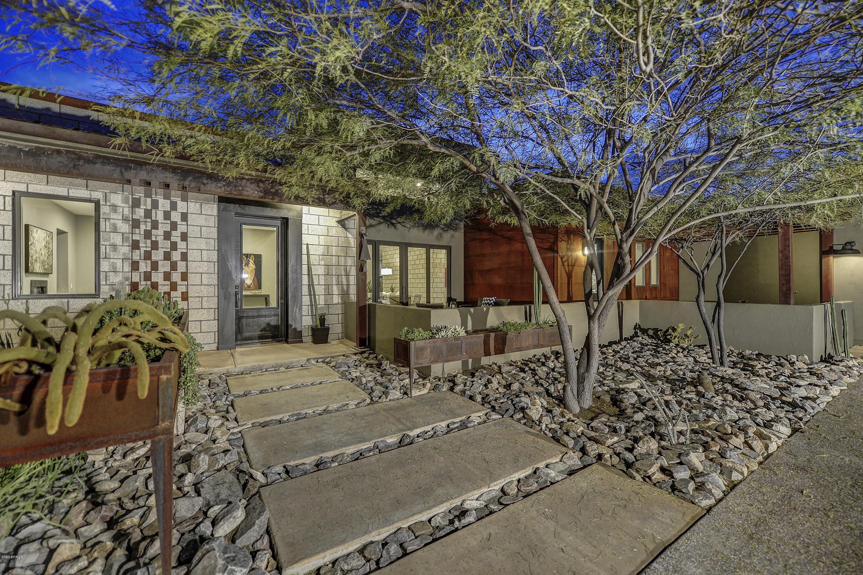 Photo of 14231 E LOWDEN Court, Scottsdale, AZ 85262