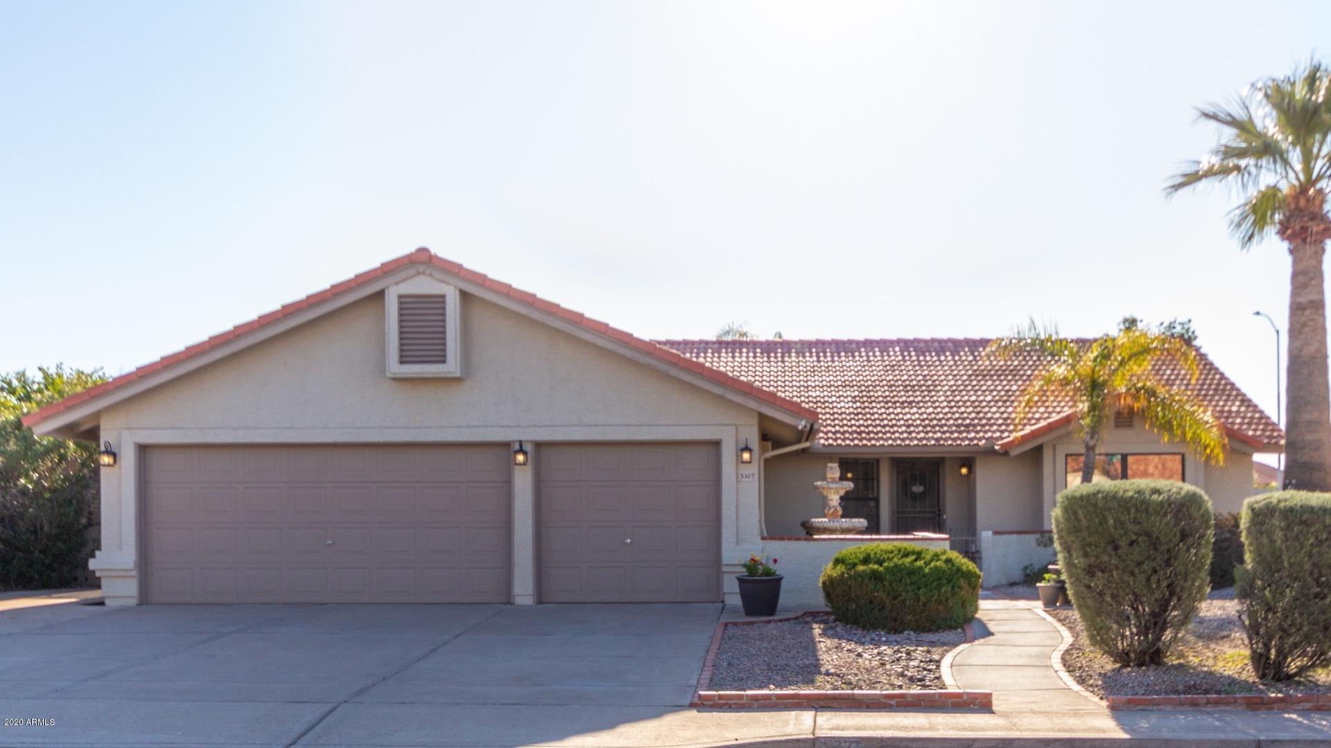 Photo of 5327 E ENROSE Circle, Mesa, AZ 85205