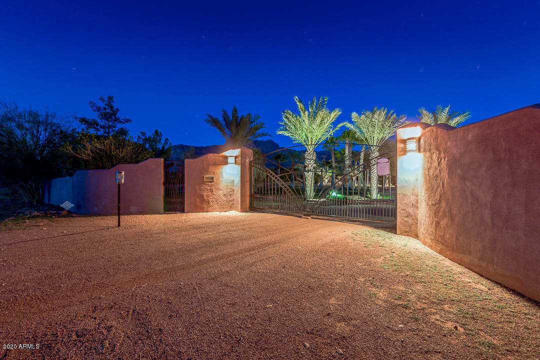 Photo of 1091 S GERONIMO Road, Apache Junction, AZ 85119