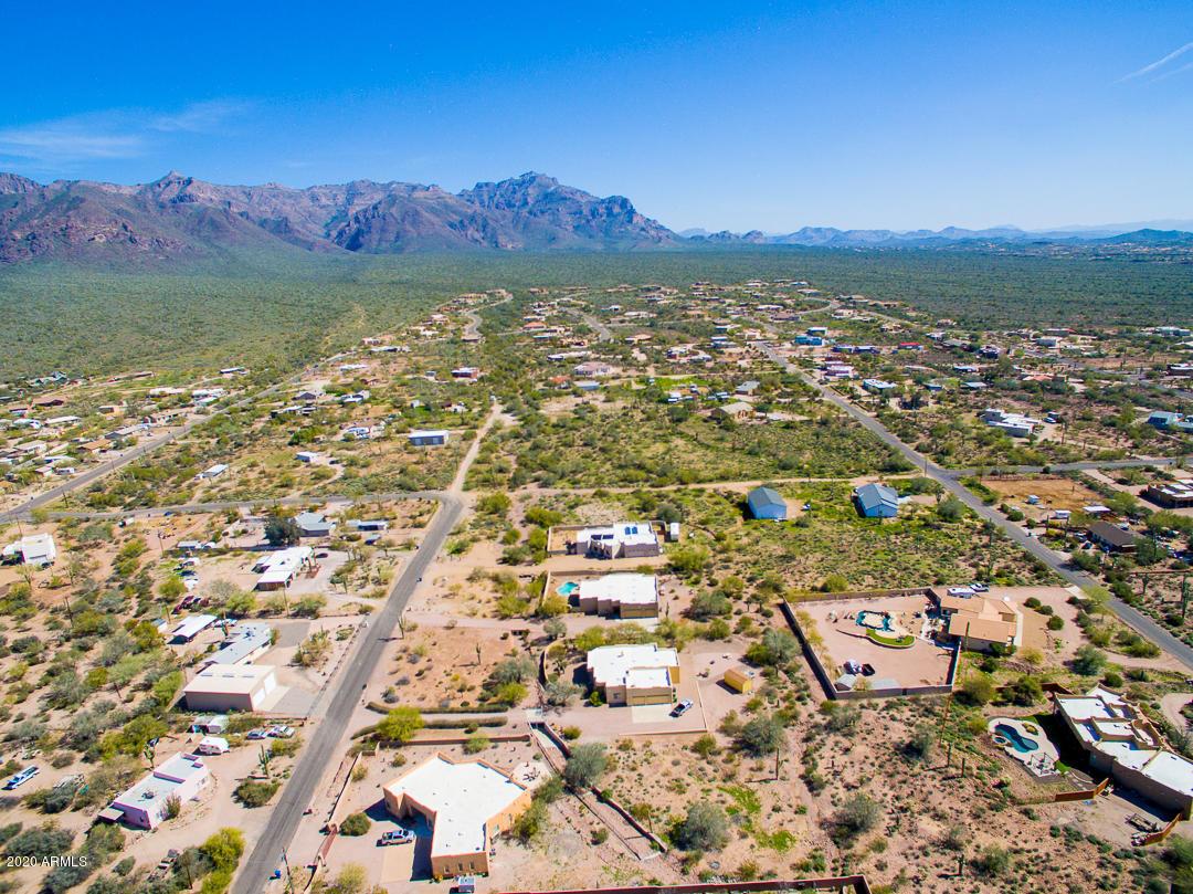 MLS 6024013 1091 S GERONIMO Road, Apache Junction, AZ 85119 Apache Junction AZ One Plus Acre Home