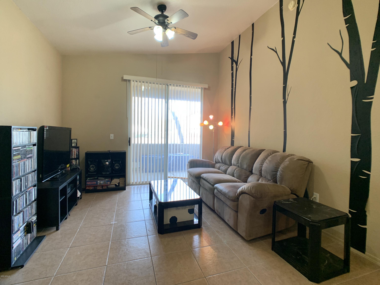 Photo of 2929 W YORKSHIRE Drive #1003, Phoenix, AZ 85027