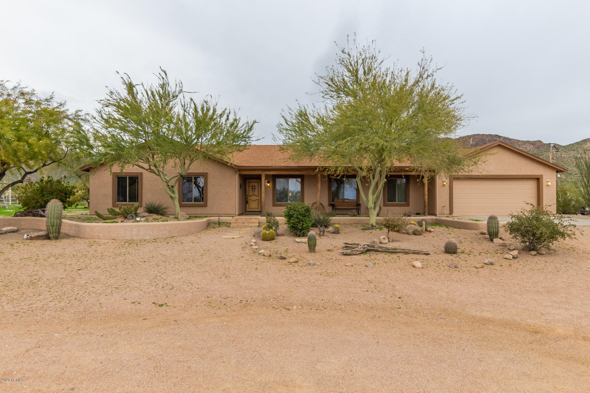 Photo of 4924 N DESERT VIEW Drive, Apache Junction, AZ 85120
