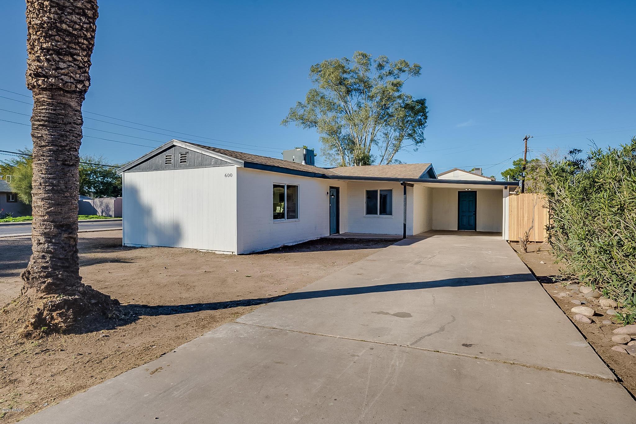 Photo of 600 E DETROIT Street, Chandler, AZ 85225