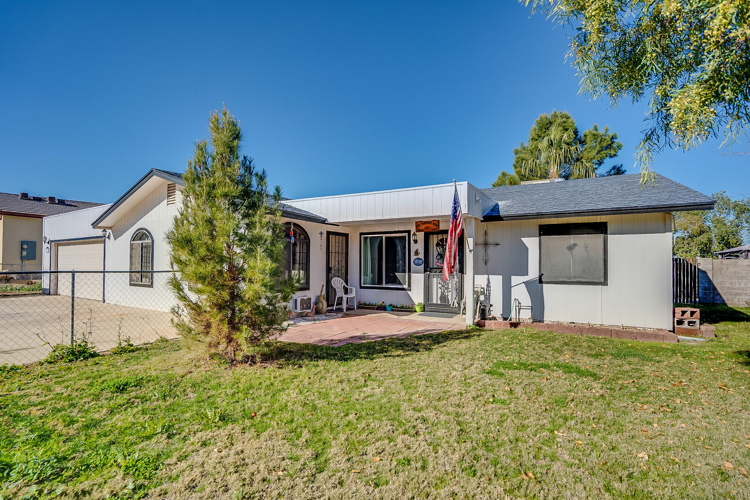 Photo of 13226 W MARYLAND Avenue, Litchfield Park, AZ 85340