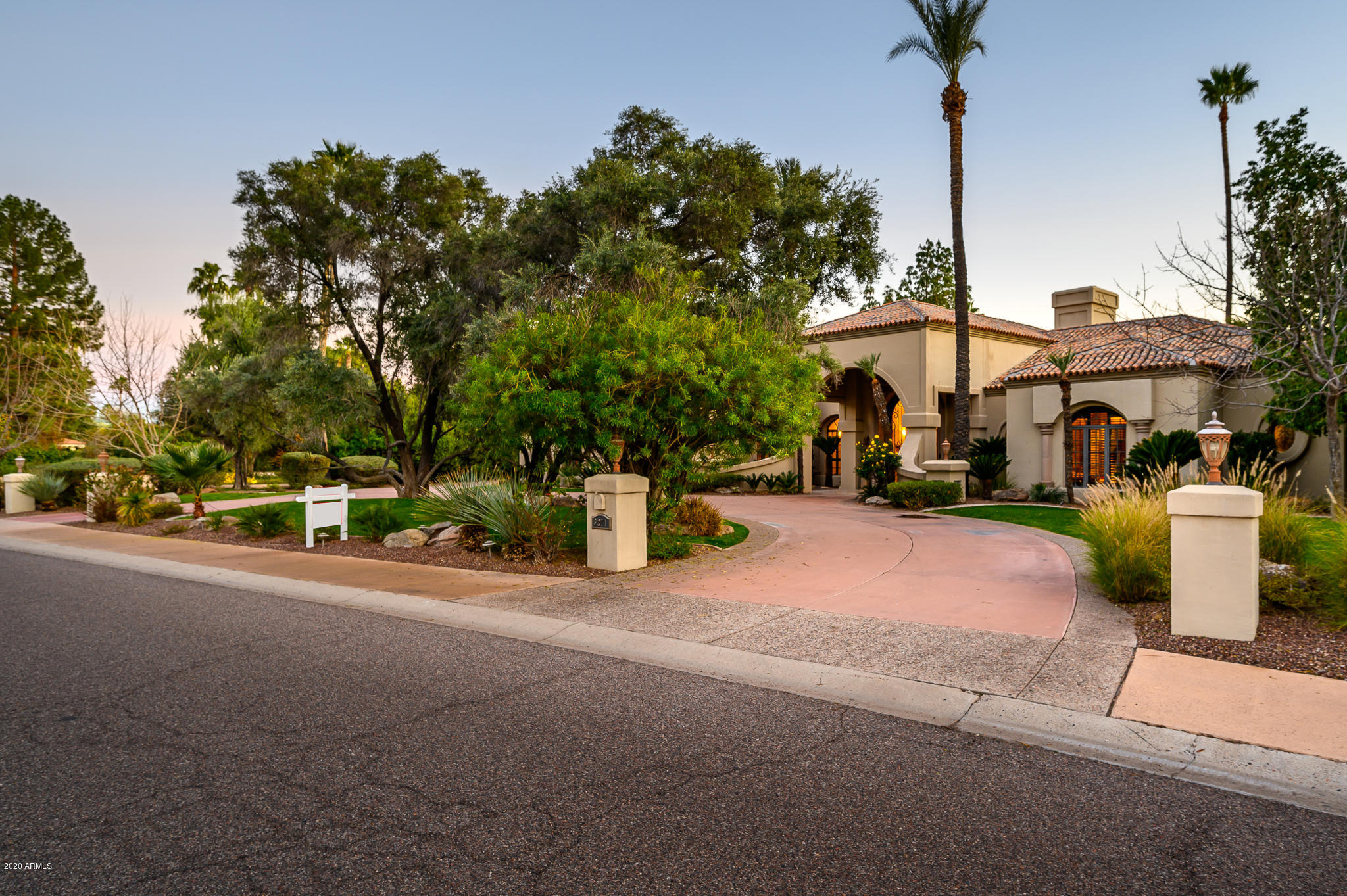 Photo of 6271 E Horseshoe Road, Paradise Valley, AZ 85253