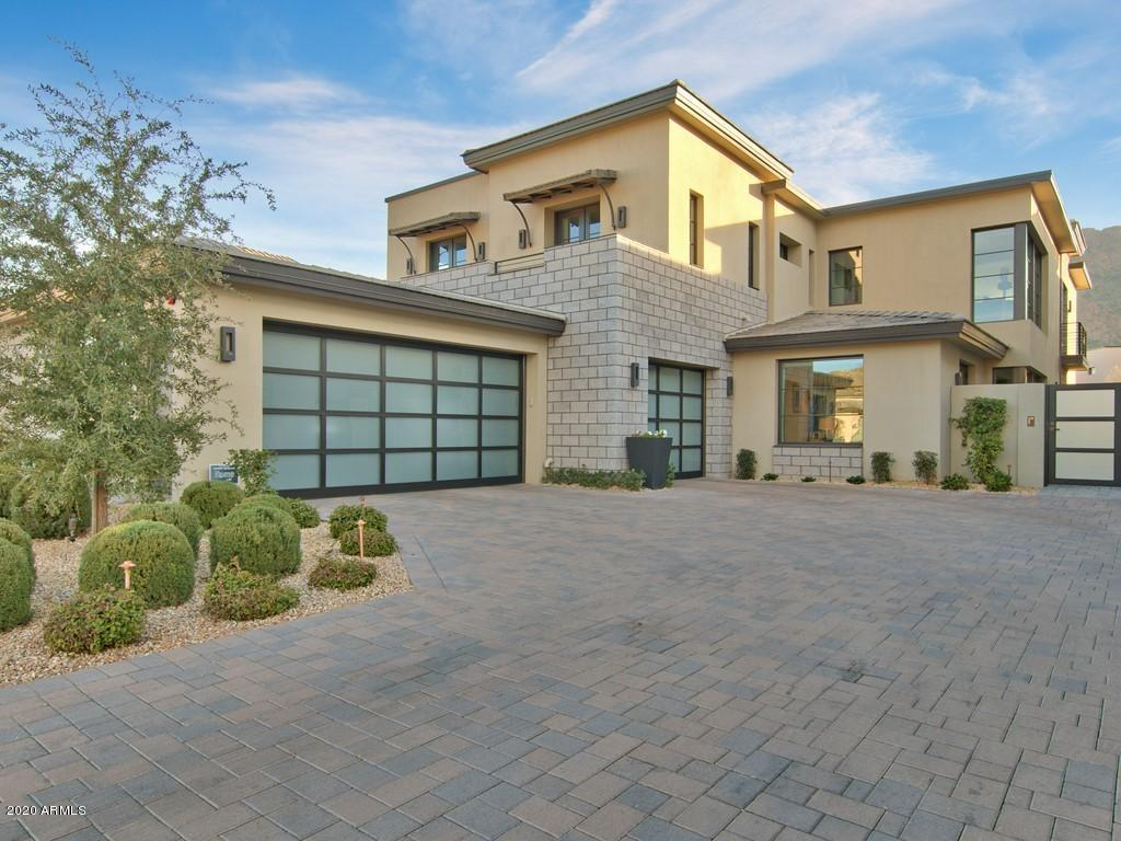 Photo of 5707 E VILLAGE Drive, Paradise Valley, AZ 85253