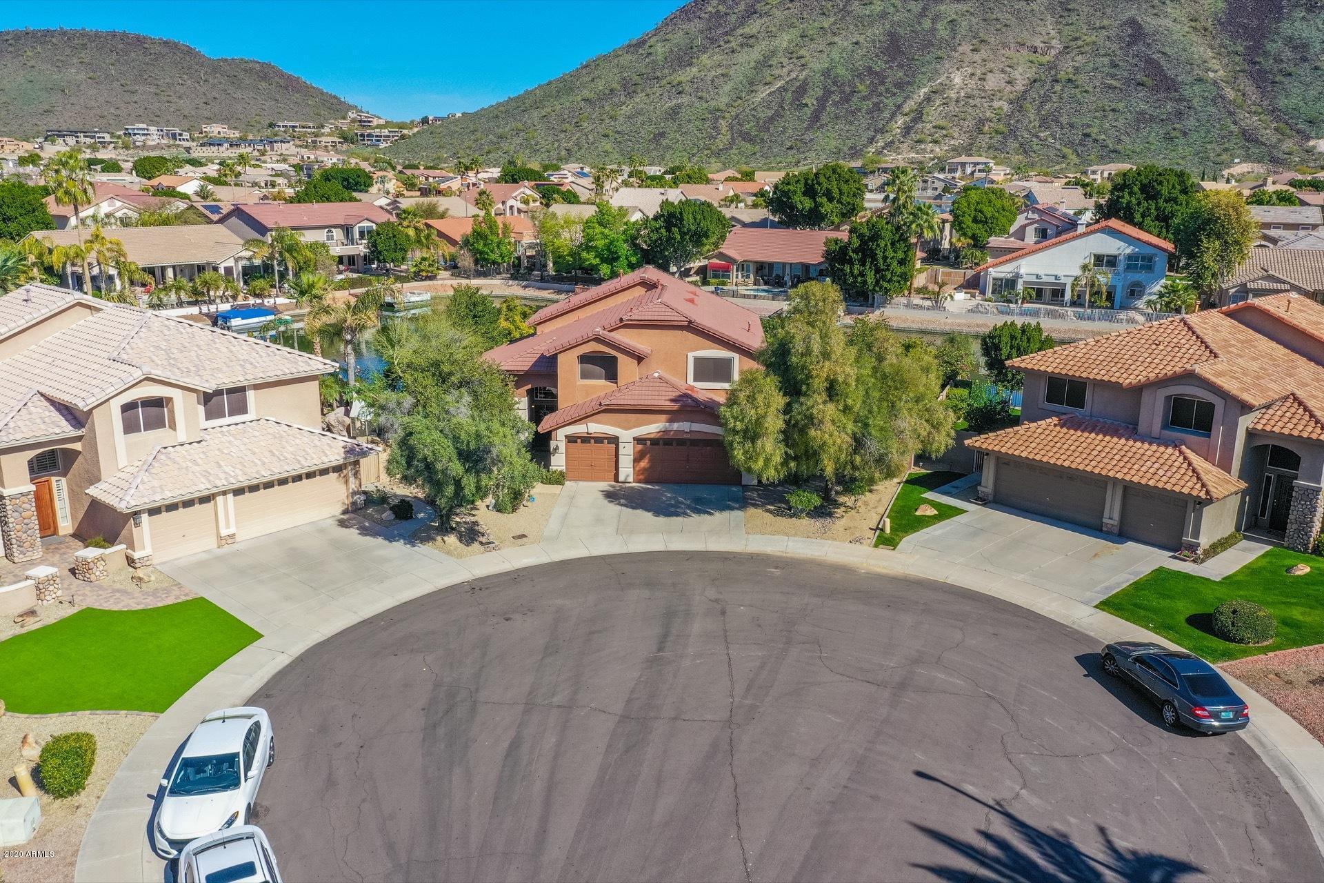 Photo of 5452 W MOHAWK Lane, Glendale, AZ 85308