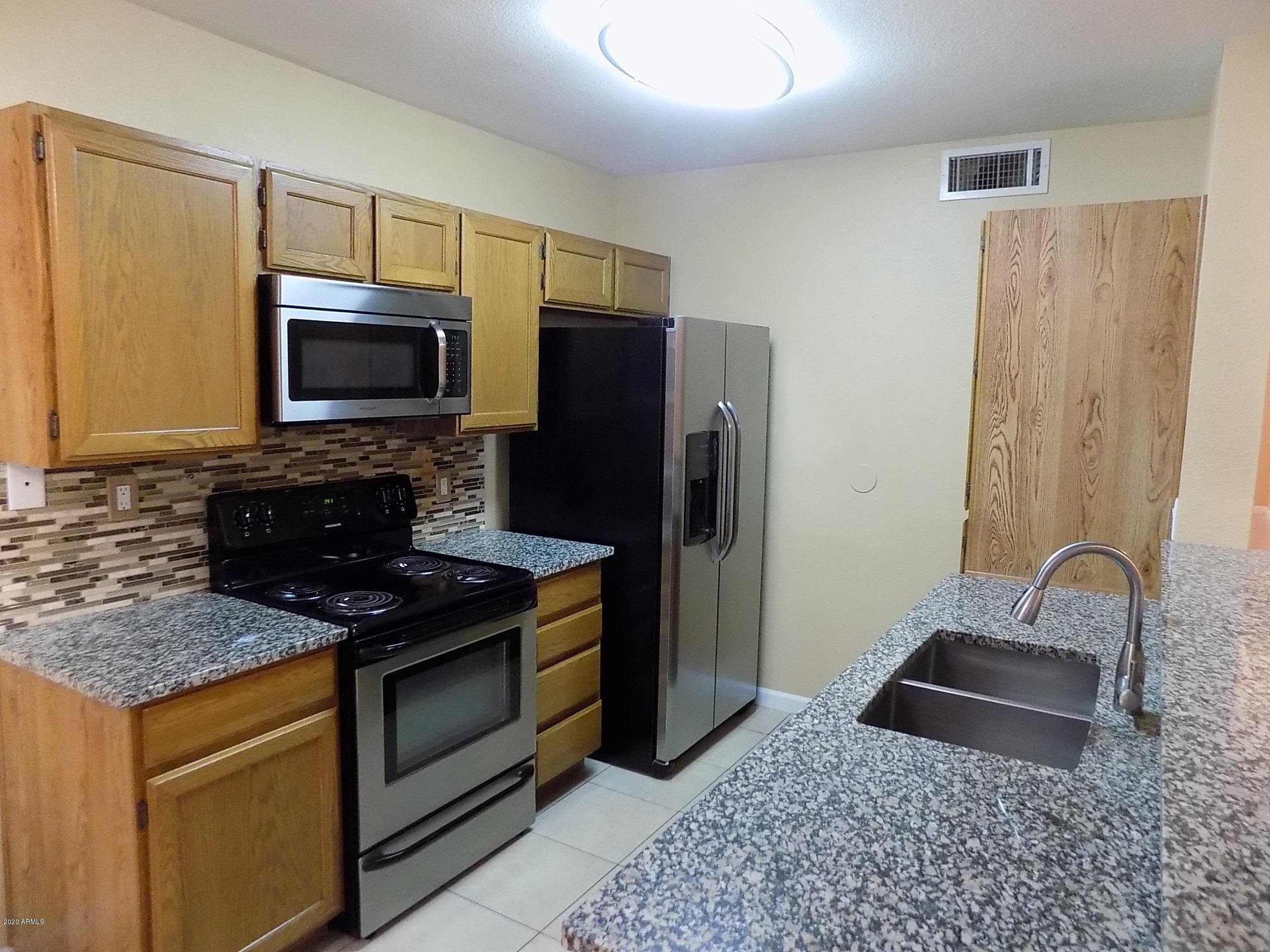 Photo of 255 S Kyrene Road #115, Chandler, AZ 85226